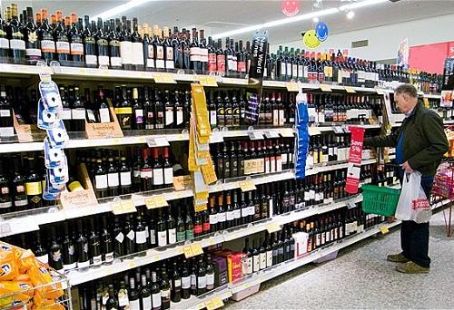 foto-supermercado-gondola-vinos1